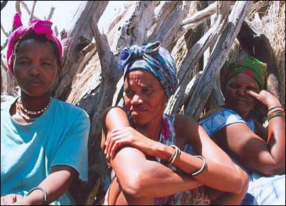 Figre 10 San Women In A Reservation Camp Lobatse Botswana BBC News 2006